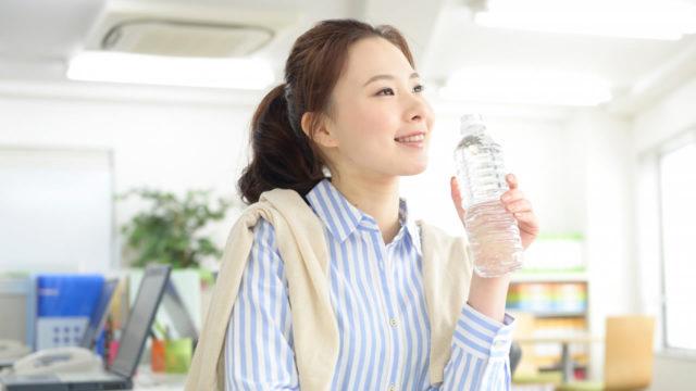 夏こそ水分の取りすぎに要注意!気をつけなければいけない水中毒とその症状とは